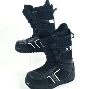 Burton Men's Invader snowboarding boots US 8